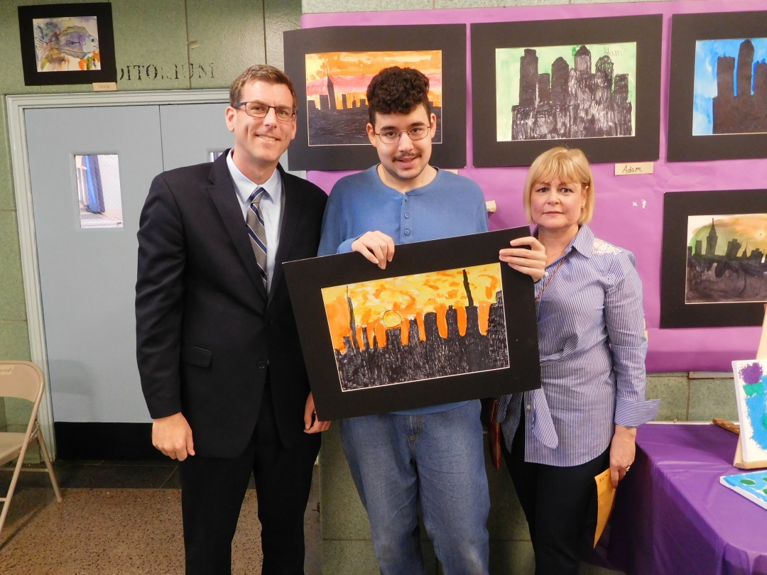 On May 16, 2019, Assemblyman Braunstein attended PS 811Q's Art Gallery show.
