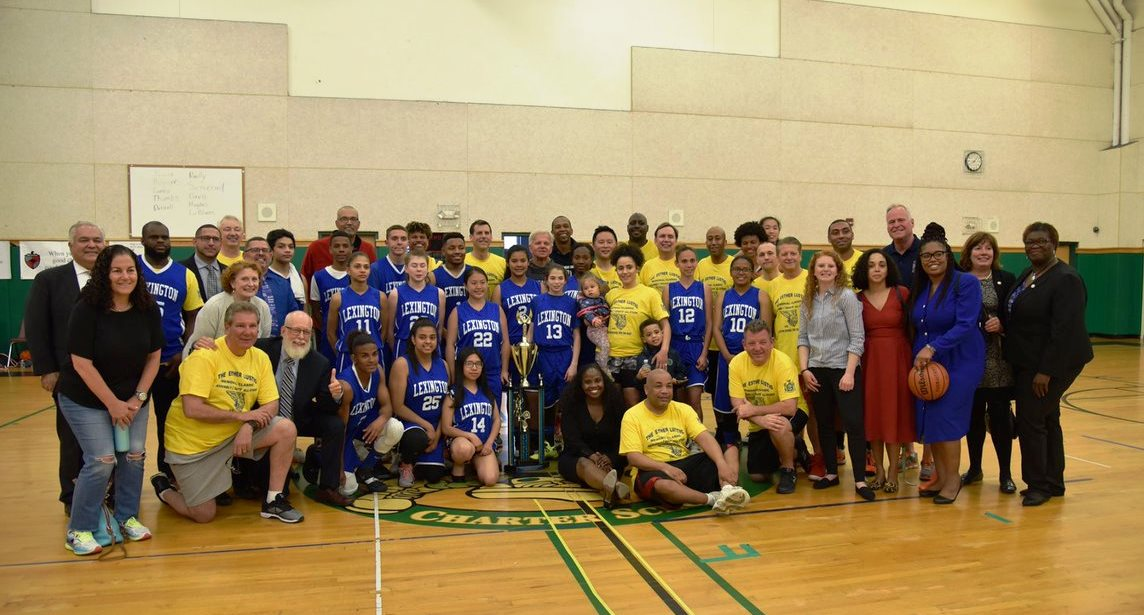 On May 21, 2019, Assemblyman Braunstein joined his colleagues at the Annual Assembly and Senate All-Stars vs. Lexington School for the Deaf Basketball Game.