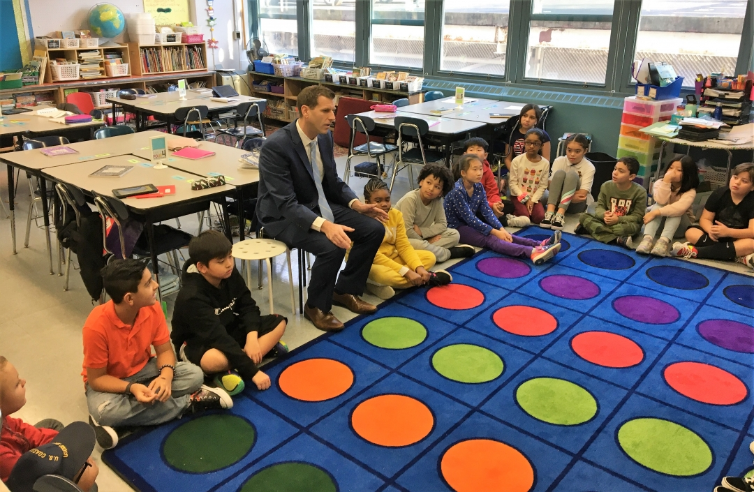 On November 25, 2019, Assemblyman Braunstein attended PS 169's Annual Career Day where he shared his experiences in Albany with the 4th grade students.