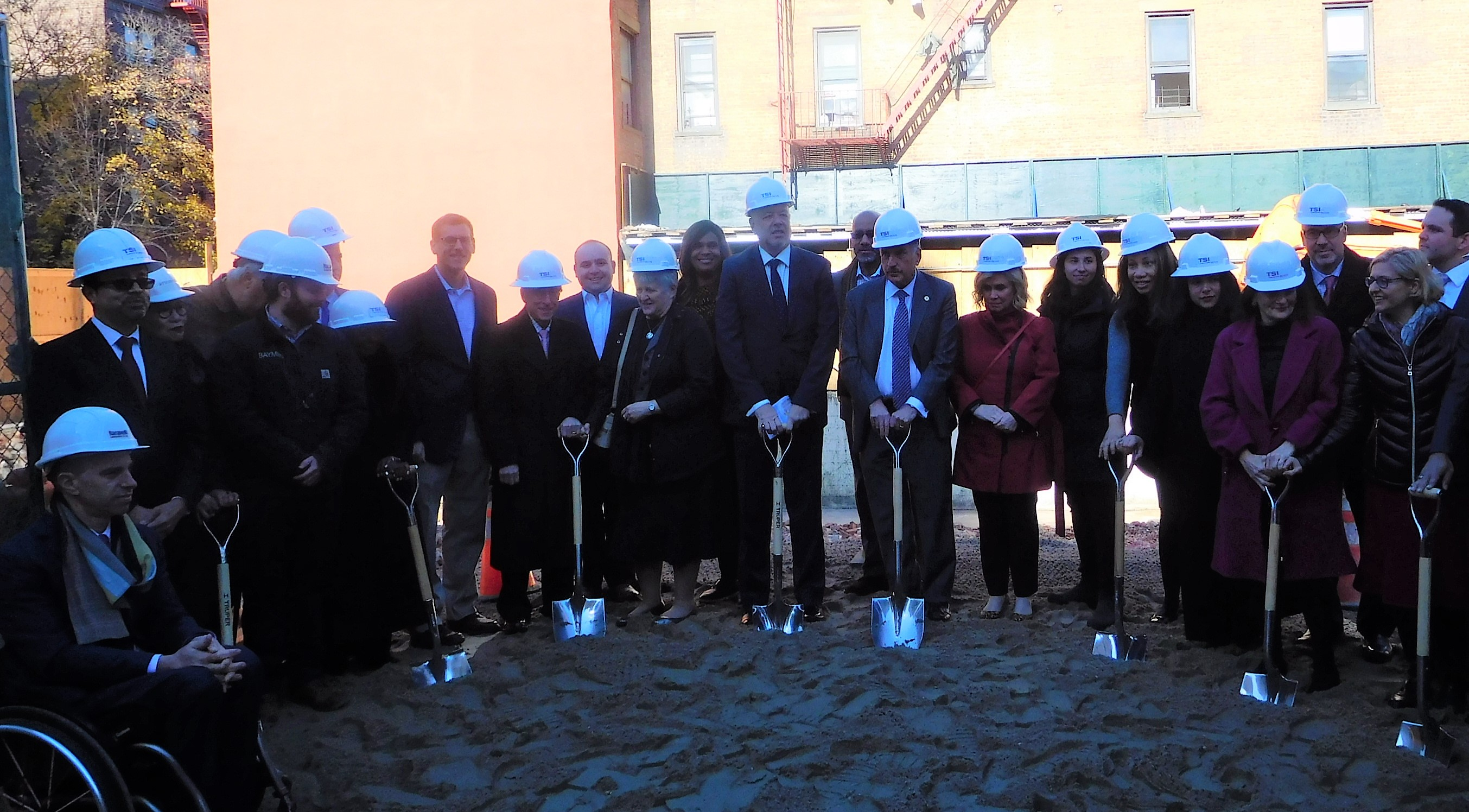 On November 26, 2019, Assemblyman Braunstein attended the Groundbreaking Ceremony for Transitional Services for New York's new 70-unit apartment building in Jamaica.