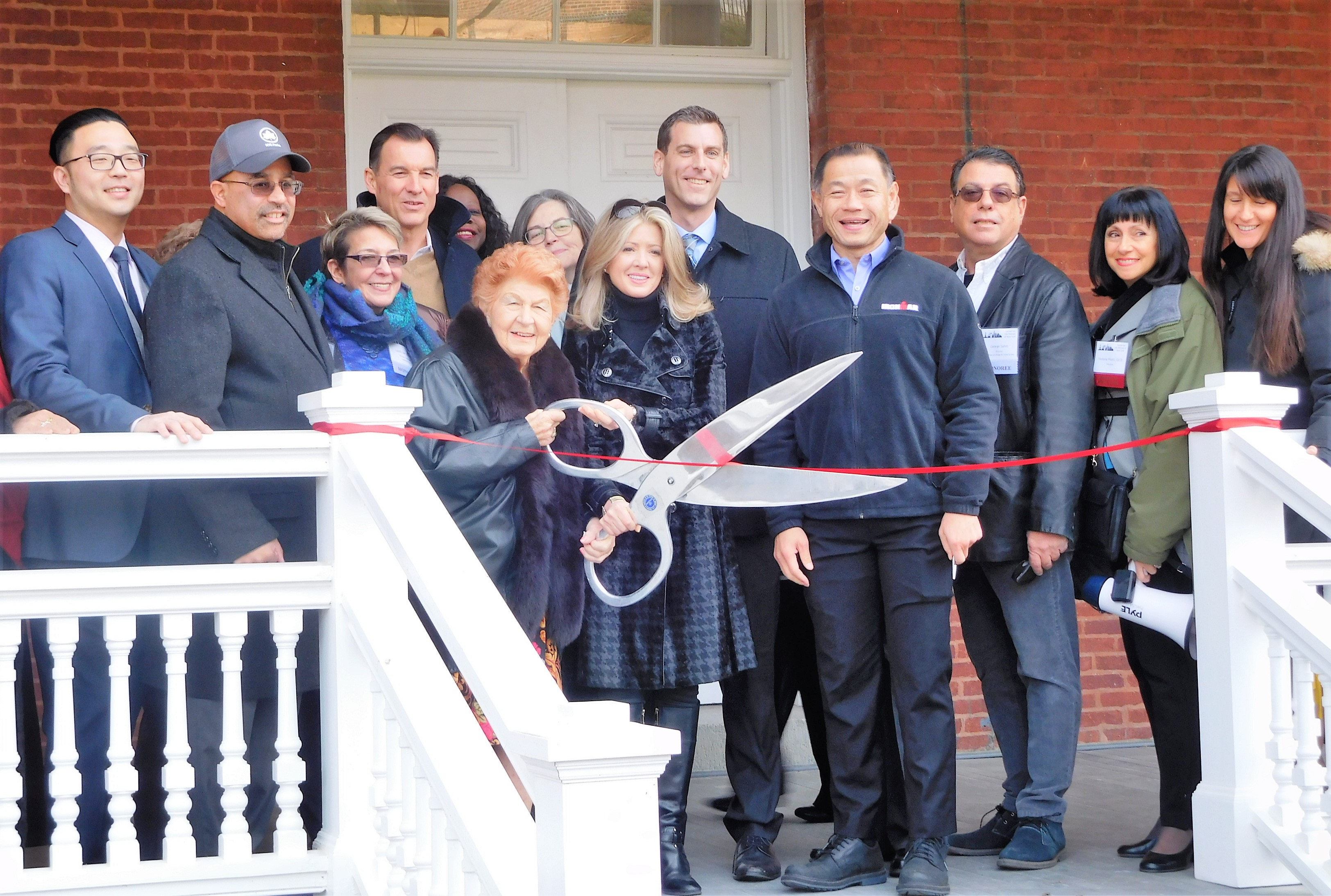 On December 8, 2019, Assemblyman Braunstein attended the Center for the Women of New York Fort Totten Grand Opening and Ribbon-Cutting Ceremony.