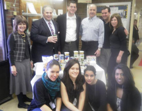 Assemblyman Braunstein dropping off his Northeast Queens Jewish Community Council Pre-Passover Food Drive Donation to Northeast Queens Jewish Community Council's Executive Director Gail Eisenberg and Chair Corey Bearak, Samuel Field Y Executive Vice-President Steve Goodman and Associate Director Jeri Mendelsohn and students from the P.S. 115Q Out of School Time program.