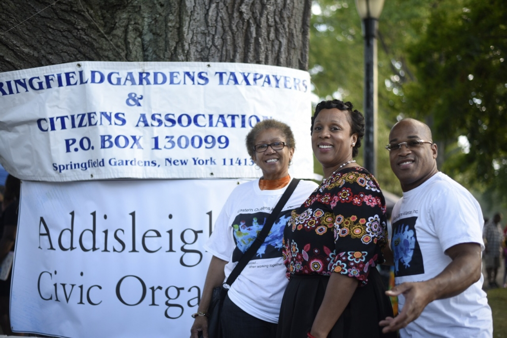 Assemblywoman Hyndman with board members of Springfield Gardens Taxpayers