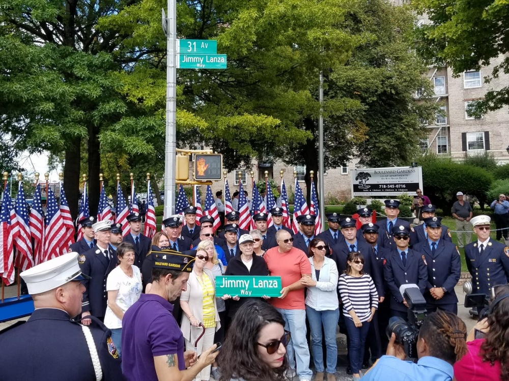 On September 9th, Assemblyman Barnwell joined the local community and the FDNY, in a street renaming, honoring FDNY and Vietnam Veteran, Jimmy Lanza.<br />