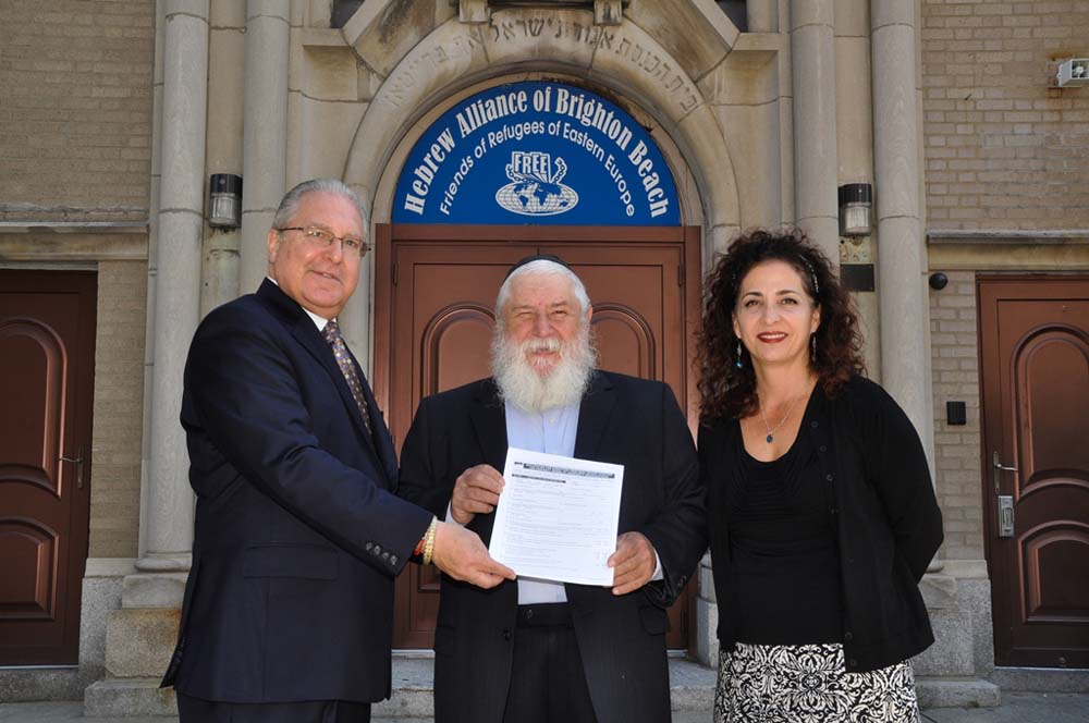 Assemblyman Steven Cymbrowitz, together with State Senator Diane Savino, visited Rabbi Hershel Okonov of F.R.E.E. of Brighton Beach, after jointly passing legislation that would allow the organization to retroactively correct its property tax assessment.