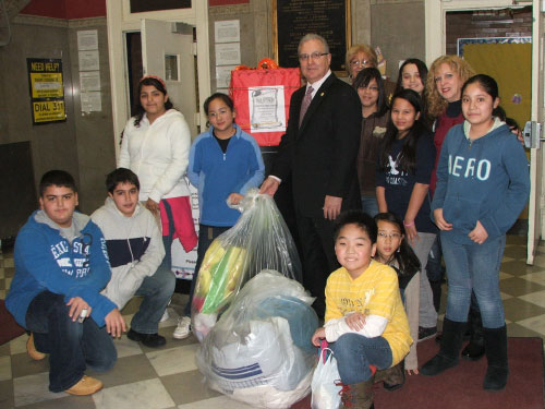 Students from local schools and constituents all pitched in donating wearable coats to Assemblyman Cymbrowitz' Annual Winter Coat Drive. Assemblyman Cymbrowitz personally picked up the coats from PS 206 thanking the young donors for their concern for others.