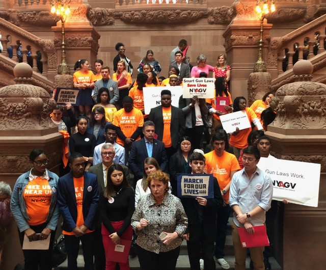 Assemblymember Simon joins NYAGV and students to advocate for stronger gun violence prevention laws.
