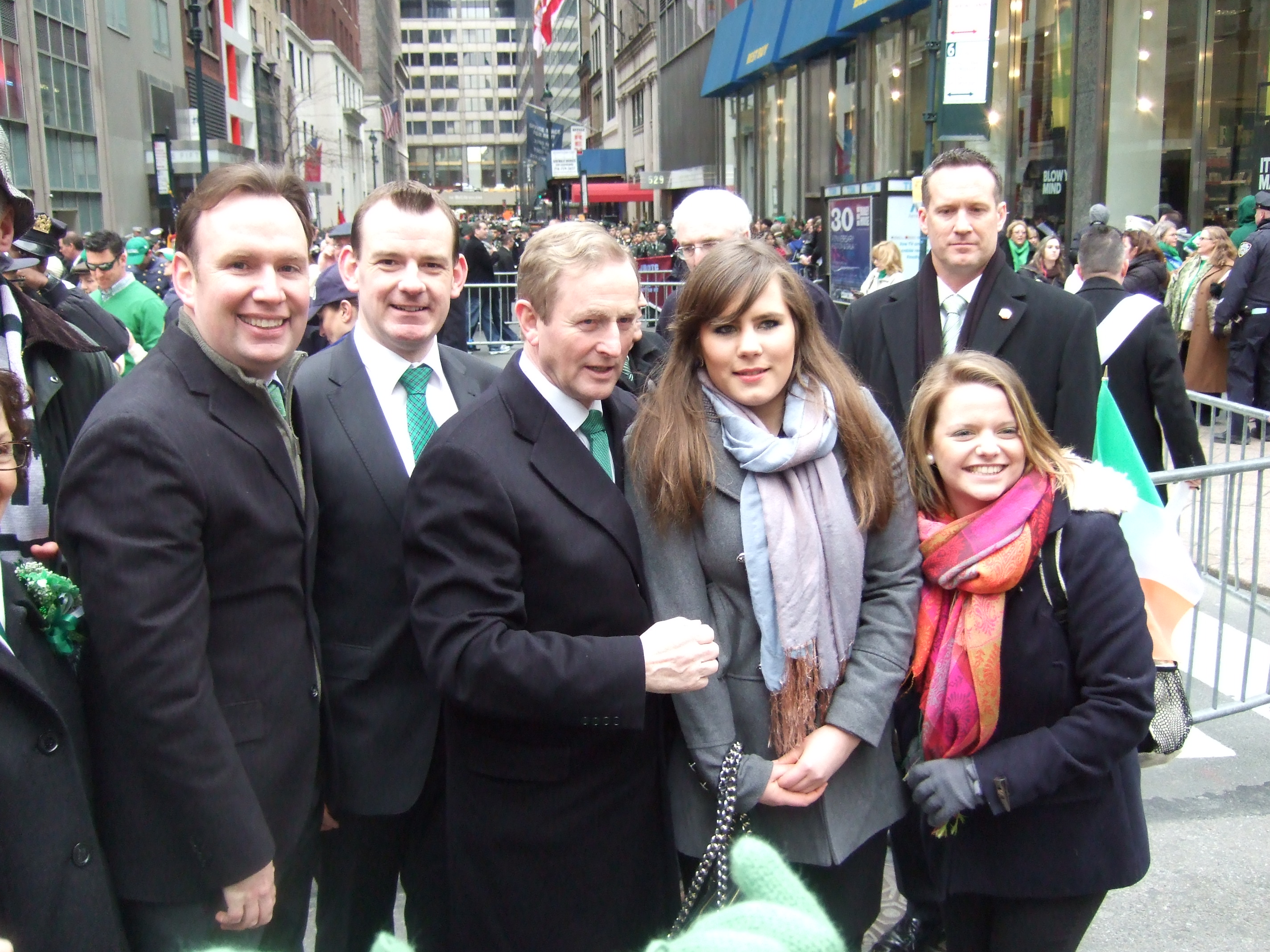 From l to r: Assemblyman Michael Cusick, Pádraig Mac Consaidín (Cobh), Taoiseach Enda Kenny, Aoife Wilson (Clonakilty) and Lisa Keohane (Bantry) pictured at the St. Patrick's Day Parade in New York City, March 2013.