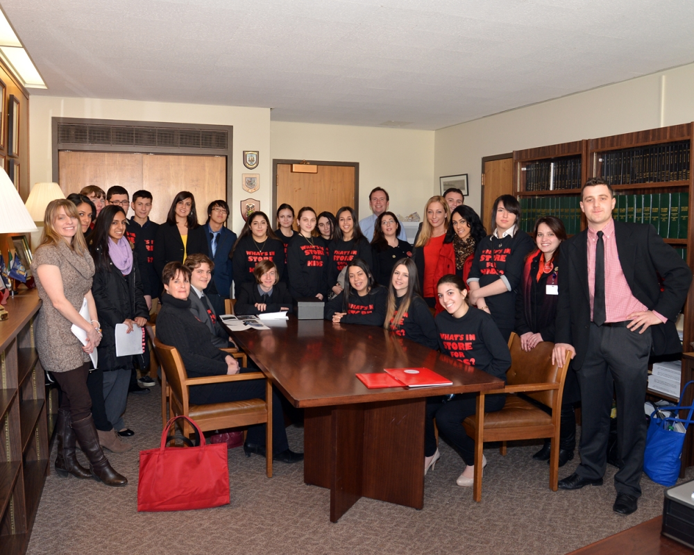 Youth from the Staten Island Staten Island Realty Check Program lobby in Albany on behalf of the Staten Island Smoke Free Partnership to increase awareness of tobacco control issues and support for funding.