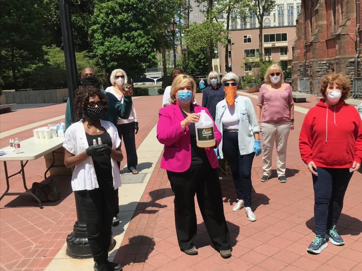 Roosevelt Island Face Mask and Hand Sanitizer Giveaway.