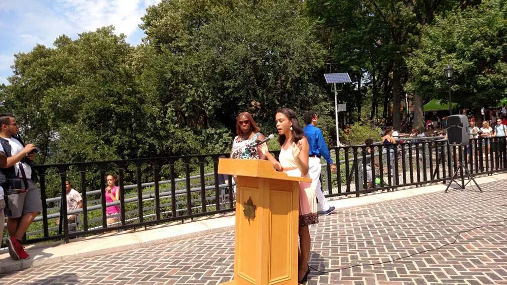 Assemblywoman Latoya Joyner joined NYC Parks and fellow elected officials – in the Bronx and Manhattan – to kick off the High Bridge Festival.