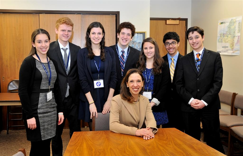 Assemblywoman Paulin with members of the Federation of Temple Youth.