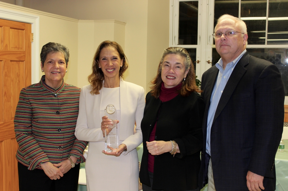 Assemblywoman Amy Paulin was recently honored at the Adult Computer Class Graduation at El Centro Hispano in White Plains.<br />