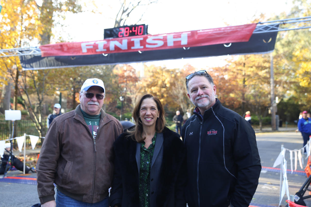 Assemblywoman Amy Paulin was at The Pelham Half Marathon & 10K on Nov. 25. Here she is with Ken Shirreffs (President, Pelham Civic Association) and Village of Pelham mayor Mike Volpe.<br />&nbsp;