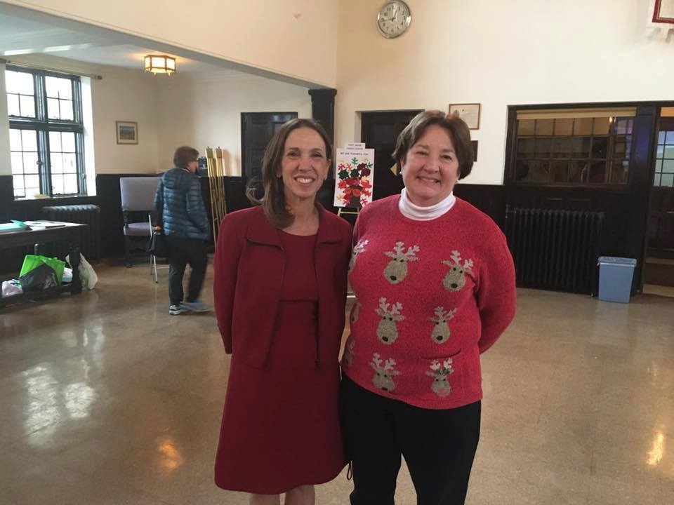 Assemblywoman Amy Paulin gave out holiday cookies at The Reformed Church of Bronxville.<br />&nbsp;