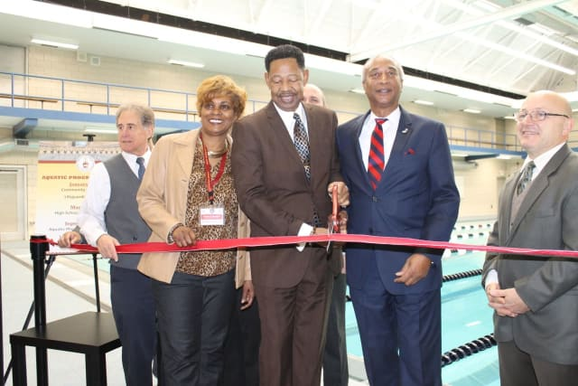 On November 4, 2017, I along with members of the Mount Vernon City School District had the great opportunity to celebrate the grand reopening of the Mount Vernon High School Swimming Pool.  The facili