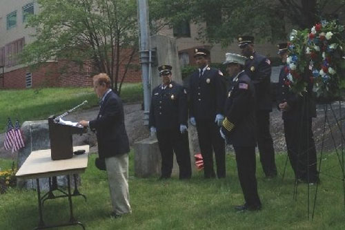 Assemblyman Abinanti speaking at the Memorial March conducted by Greenburgh's Fairview Fire Company on Memorial Day 2012.