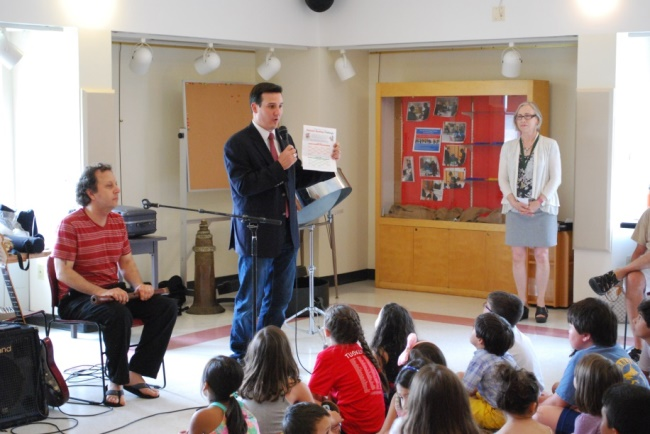 Assemblyman Kevin Byrne) visited with groups of local students at the Somers Library (left picture) and Southeast's JFK Elementary School (right picture) to discuss the New York State Assembly Summer Reading Challenge<br />