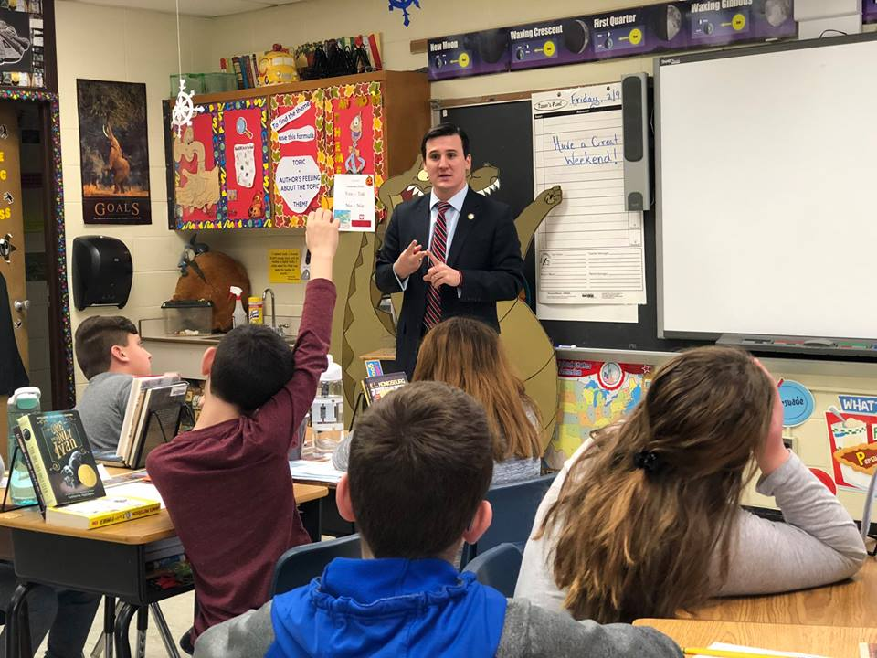 Assemblyman Kevin Byrne (R,C,Ref-Mahopac) speaking to students at Austin Road Elementary School in Mahopac.