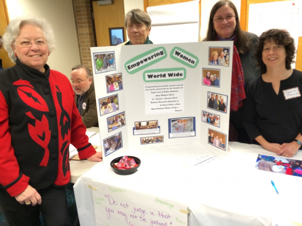Sandy joined some of her constituents at the Croton Justice Fair in January 2016.<br />&nbsp;