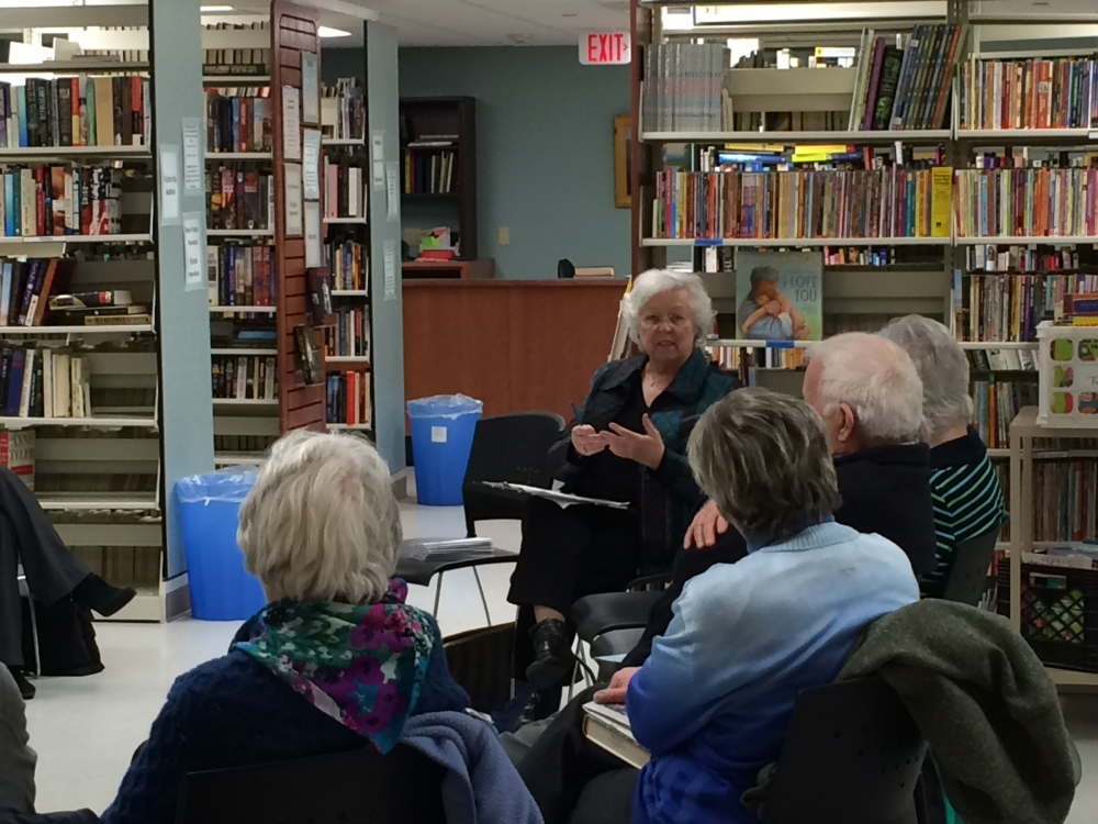 Sandy holds town meetings annually, often in libraries throughout her district. In 2015, she held one in the Kent Library.<br />&nbsp;