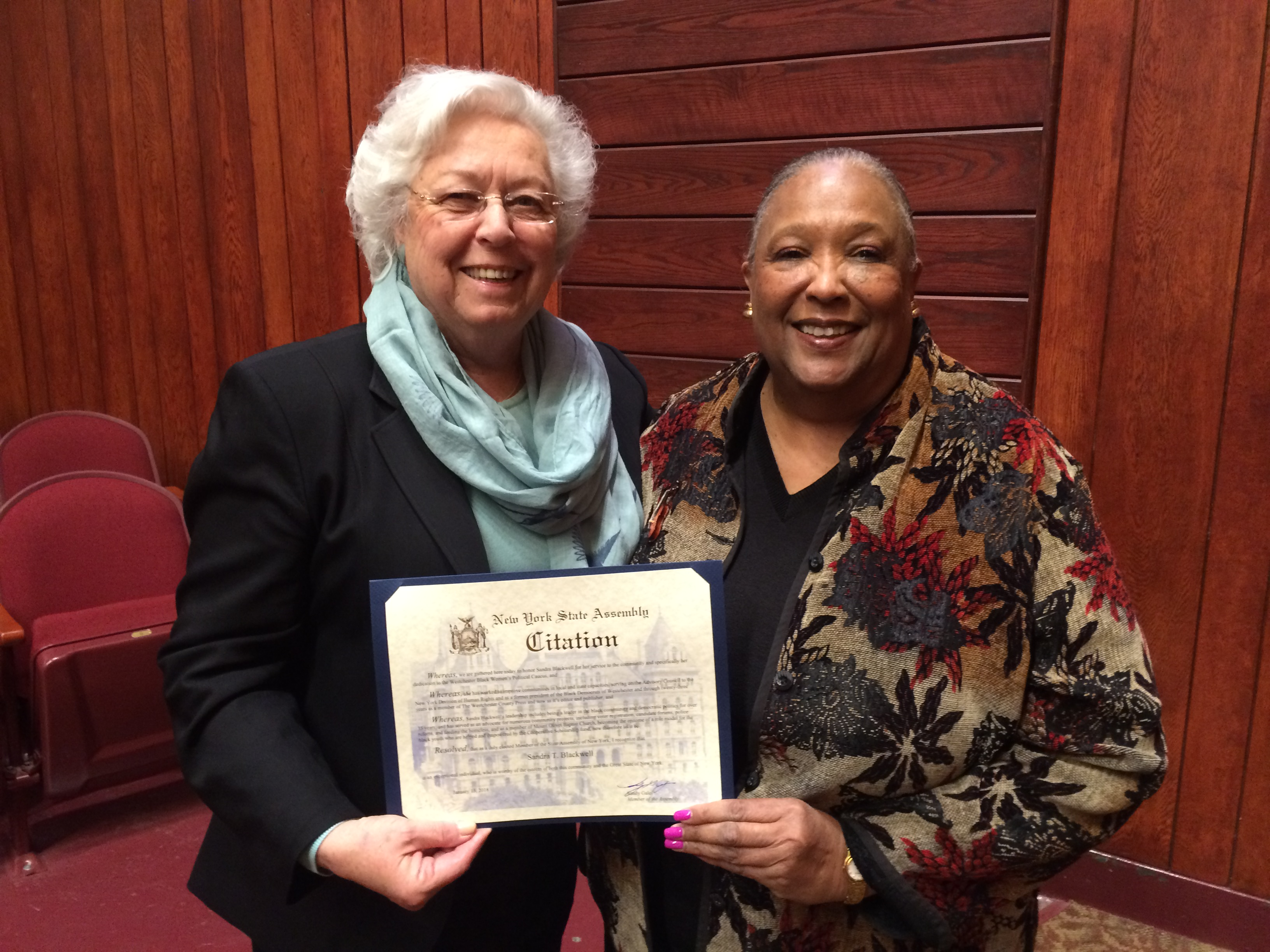 Sandy presented an award to Sandra Blackwell, a publisher and CEO of the Westchester County Press.<br />&nbsp;