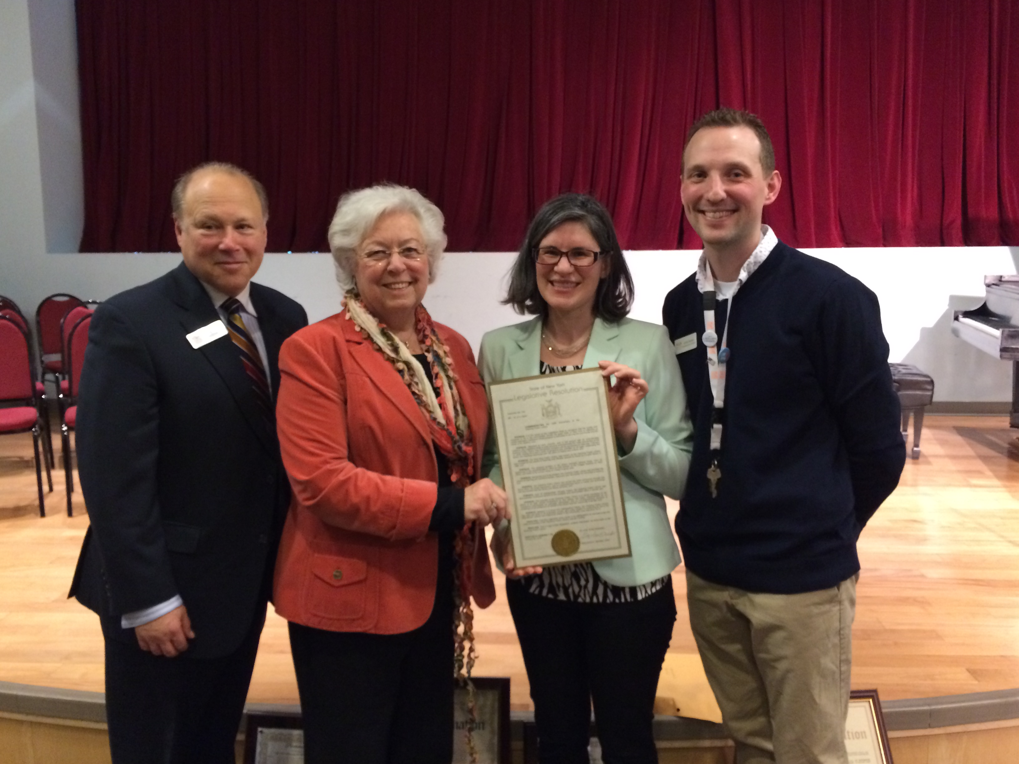 Ossining Public Library recently celebrated its 125th anniversary of serving Ossining. Sandy presented the library with a citation in honor of its dedicated provision of community services.
