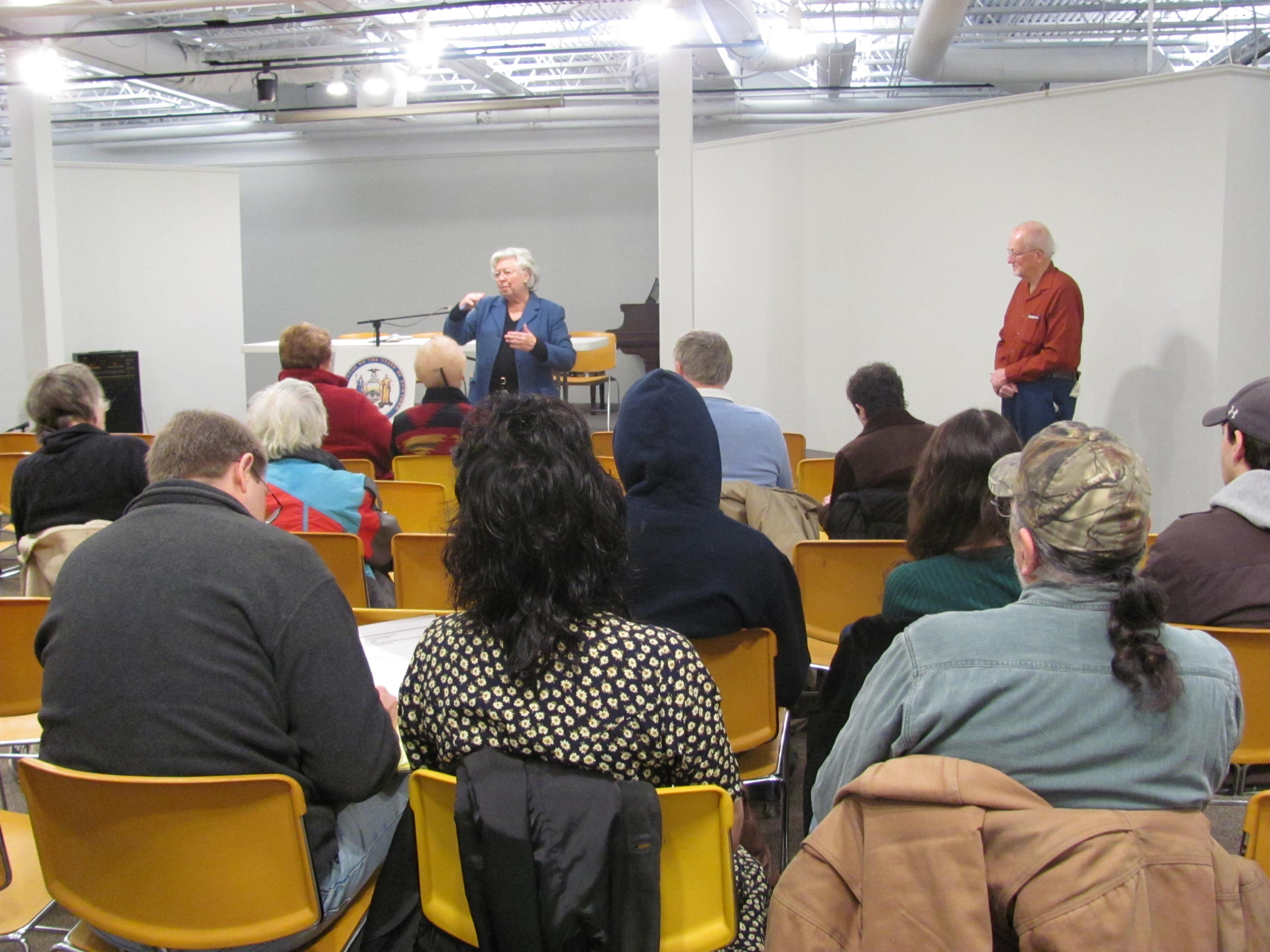 Sandy met with constituents at Desmond Fish Library in Garrison where they discussed state and local issues.