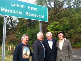 Assemblymember Cahill stands alongside Congressman Maurice Hinchey, Woodstock Town Supervisor Jeremy Wilber, and Patrick Cahill at the unveiling of signs designating route 375 in Woodstock as Levon He