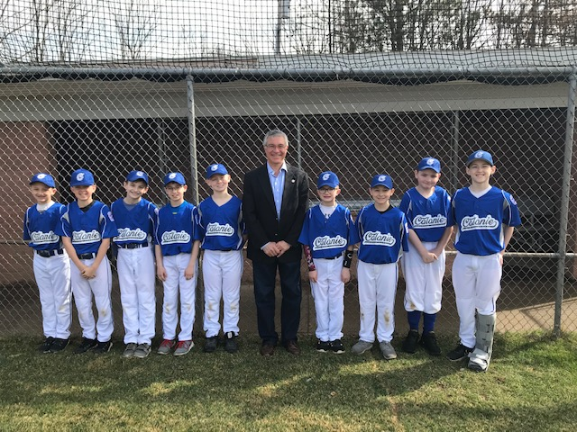 Assemblymember Phil Steck meets with some Colonie Little League players