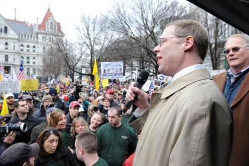 Assemblyman Will Barclay addressing the crowd at #NY2A Day, a rally in support of the Second Amendment.