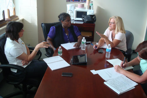 September 10, 2011 – Assemblywoman Lupardo meets with Binghamton City Council Members Lea Webb and Teri Rennia to discuss the flood.