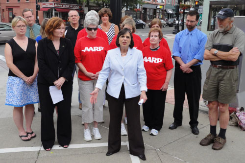 July 7, 2011 – Assemblywoman Lupardo is joined by representatives from AARP, the City of Binghamton and Sierra Club to announce the passage of the Complete Streets bill she cosponsored.