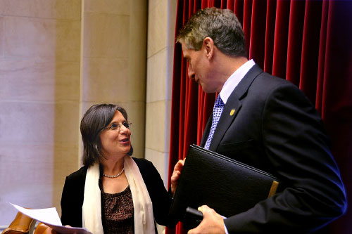 March 9, 2011 – Assemblywoman Lupardo speaks with Lt. Governor Duffy in the Assembly Chamber.