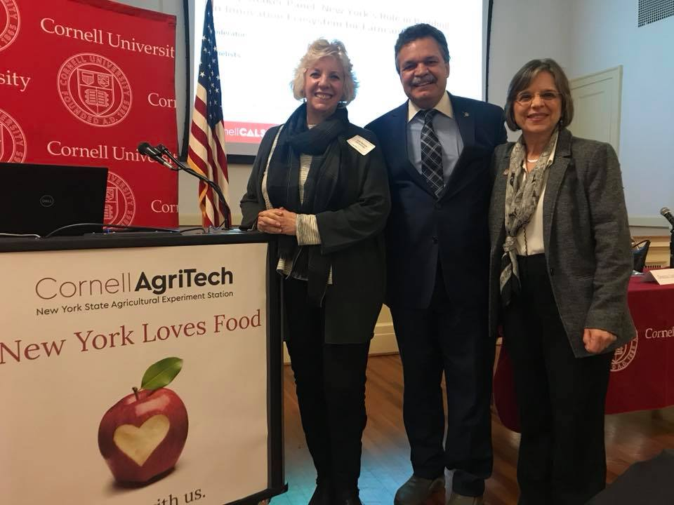 November 13, 2018 – Assemblywoman Lupardo joins colleagues Assemblywoman Barrett and Assemblyman Ortiz at the NY Loves Food conference in Geneva.