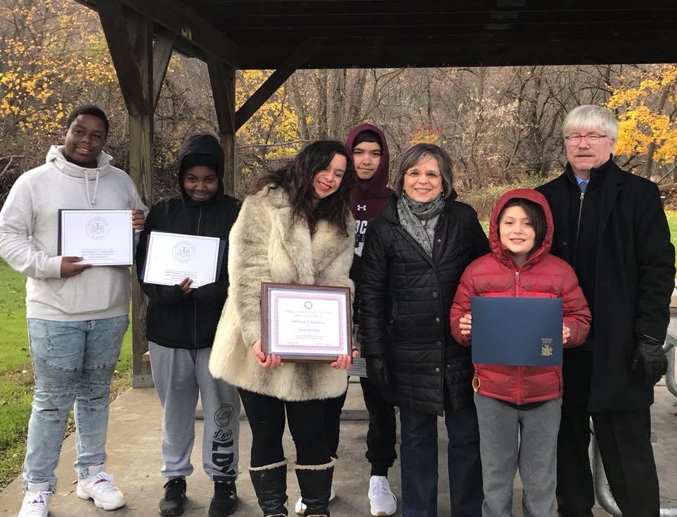 November 10, 2018 – Assemblywoman Lupardo presents local mosaic artist Emily Jablon and her team of student artists with citations recognizing their work at Boland Park in Johnson City.