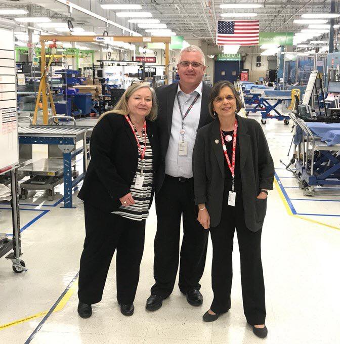 May 24, 2019 – Assemblywoman Lupardo tours BAE Systems in Endicott to learn more about the manufacturing of its HybridDrive buses.