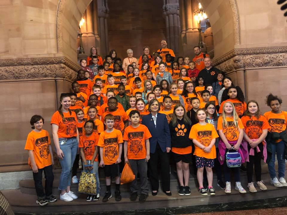 May 8, 2019 – Assemblywoman Lupardo meets with students, teachers, and parents from Union-Endicott's Charles F. Johnson Elementary School during their visit to the Capitol.