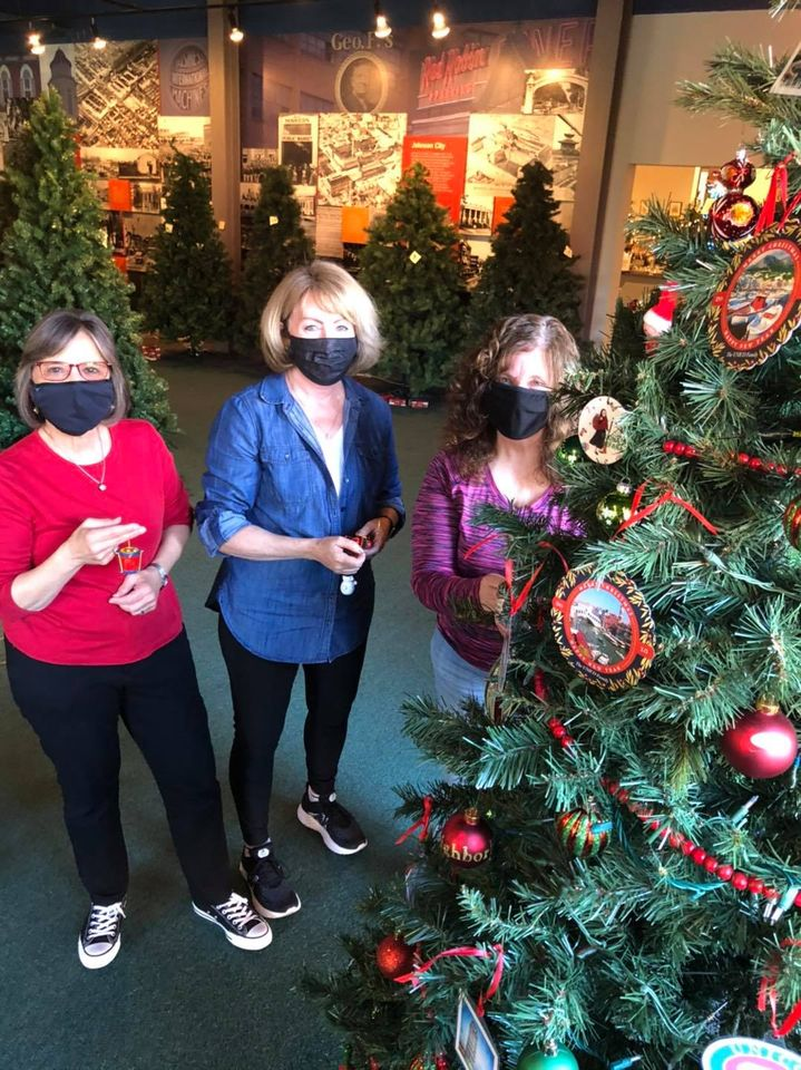 November 6, 2020 – Assemblywoman Lupardo joins fellow members of UNICO to decorate the organization's tree for Roberson Museum's Home for the Holidays exhibit.
