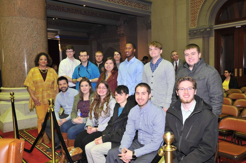 Assemblymember Hunter welcomes the Onondaga Political Science Club to the NYS Assembly chamber.