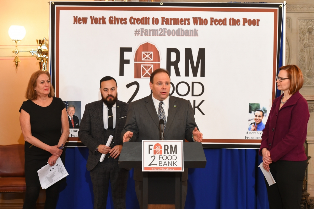 Assemblyman Palmesano speaking at the Farm to Food Bank Conference.<br />