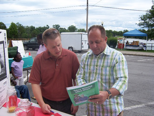 Mayor Adam Tabelski and Assemblyman Steve Hawley at the 2008 Medina Canal Heritage Days.