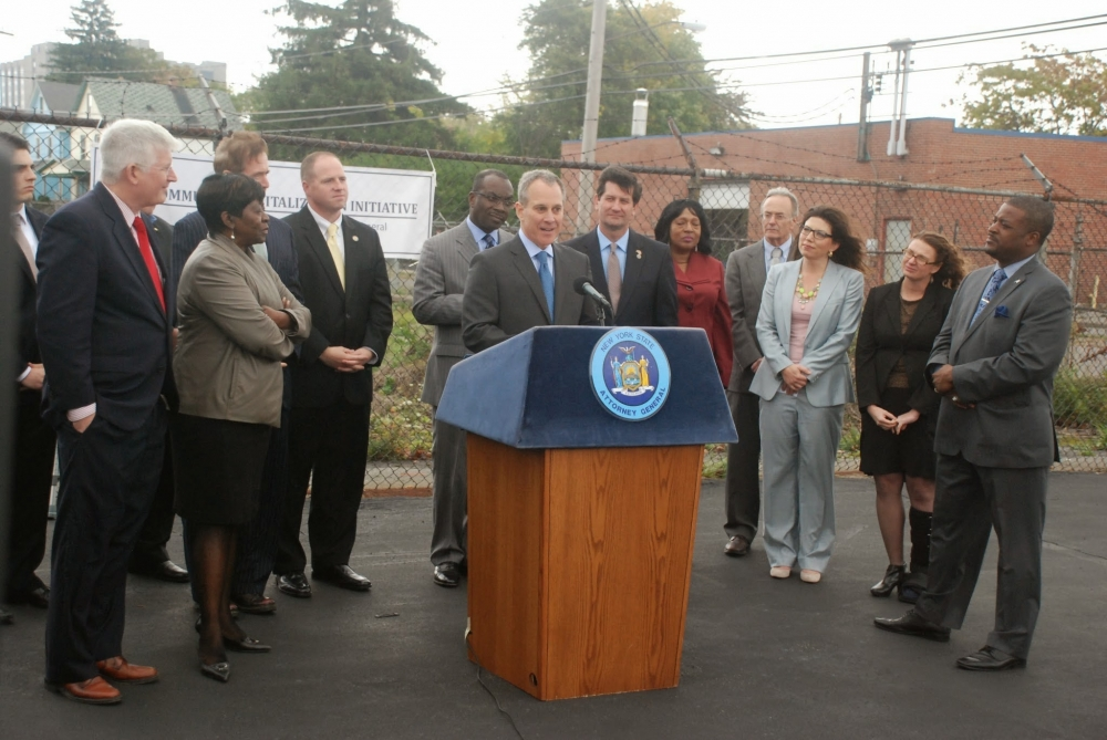 October 16, 2014 – Assemblywoman Crystal Peoples-Stokes joined Attorney General Schneiderman and her colleagues in government, his office announced $2.5 million to the Buffalo Land Bank which is focused on fighting blight in Buffalo. Follow the hashtag #NYFightsBlight on Twitter for updates.